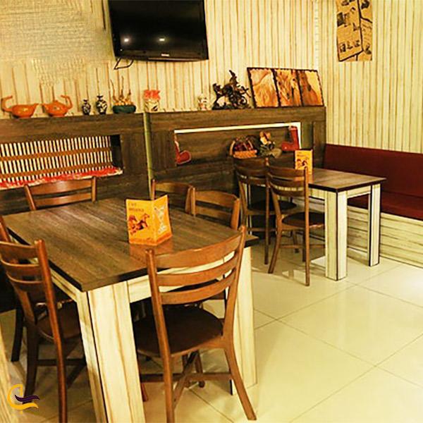 نمایی از کافه ملانژ مگامال