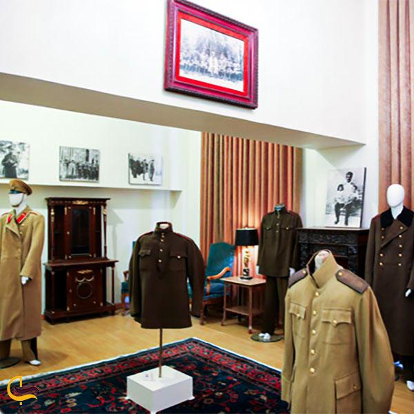 تصویری از لباس های نظامی محمد رضا شاه