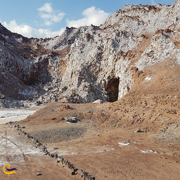 بهترین زمان سفر به غار نمکدان جزیره قشم
