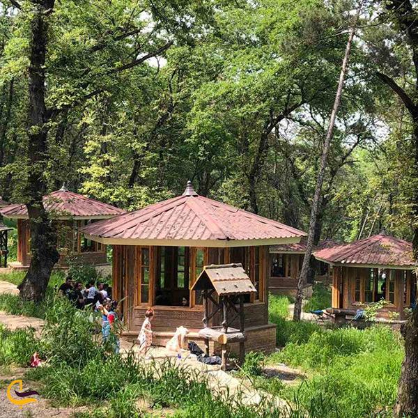 آلاچیق های پارک جنگلی شهید زارعی نژاد