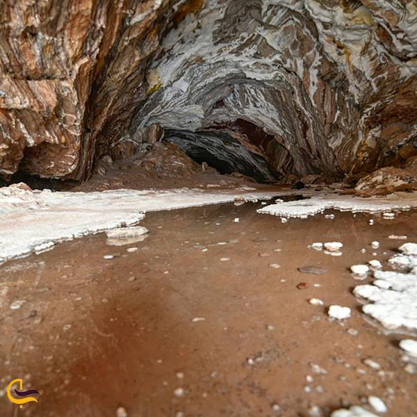داستان کشف غار نمکی قشم