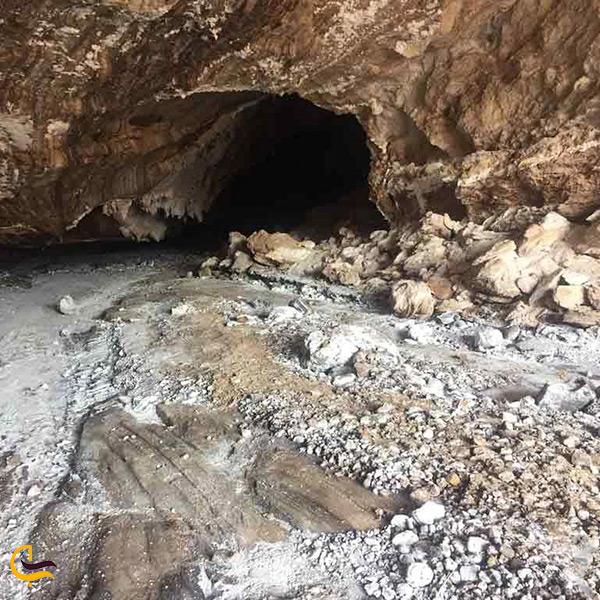 بازدید از غار نمکی قشم