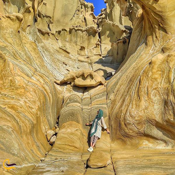 بازدید از زیبایی های ساحل مکسر بندر عباس