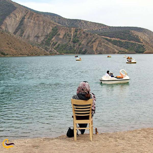 تماشای دریاچه زیبای ولشت