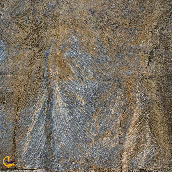 نمایی از فرهاد تراش کوه بیستون کرمانشاه