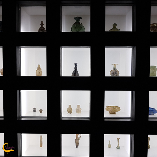 تصویری از آثار موجود درموزه آبگینه تهران