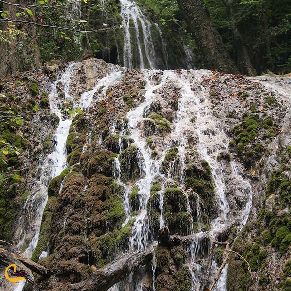 تصویر زیبا از آبشار اسپه او در روستای یخکش هزار جریب