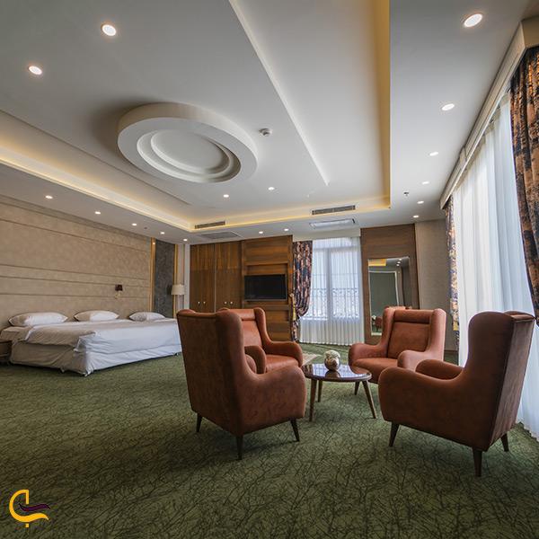 اقامت در هتل امپریال جلفا
