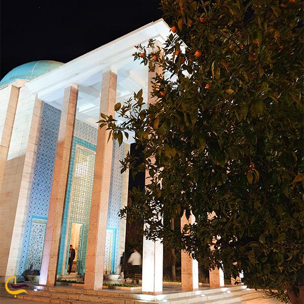 معماری ستون های بنای سعدیه