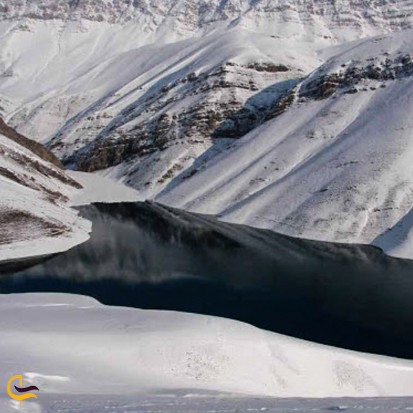 تصویری از یخچال طبیعی قرا کاشمر
