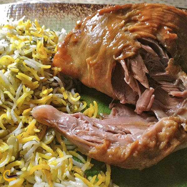 باقالی پلو با ماهیچه غذای خوشمزه شهر تبریز