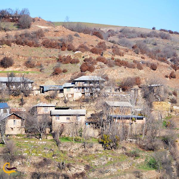 تصویر زیبا از روستای وزوار گلوگاه