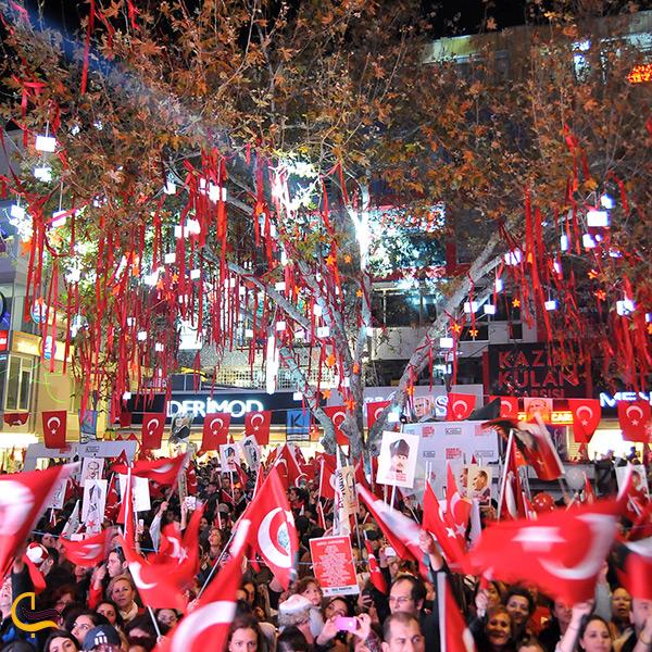جشن سالروز جمهوری ترکیه در خیابان بغداد استانبول