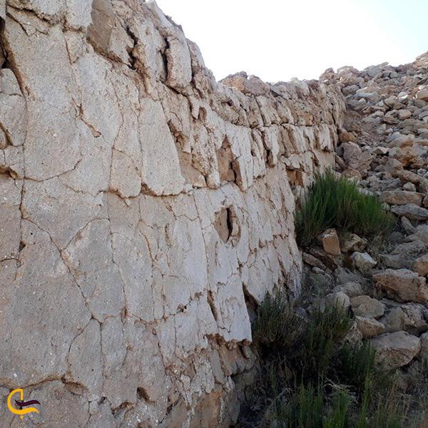 تصویر نمای نزدیک از قلعه اسماعیل خان ایلام