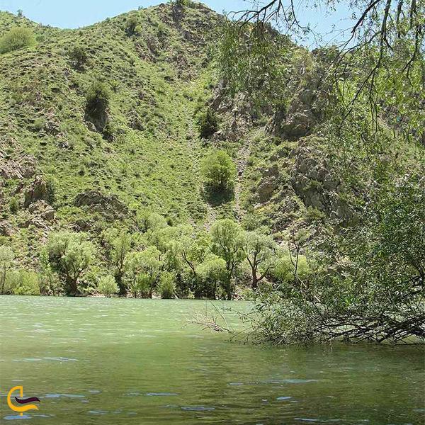 نمای نزدیک دریاچه مارمیشو ارومیه