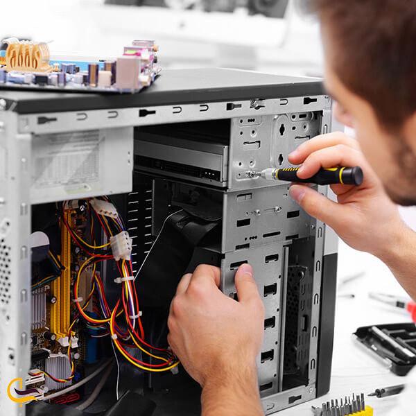 تعمیر کامپیوتر در بخش اداری مجتمع تک مشهد