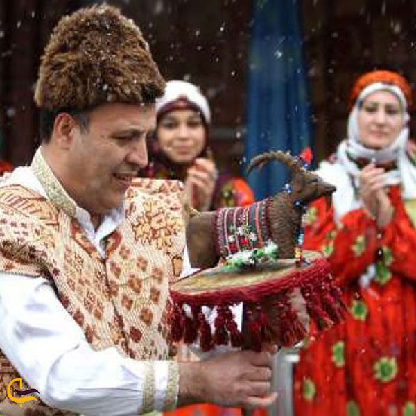 نمایی از آداب و رسوم در آذربایجان غربی