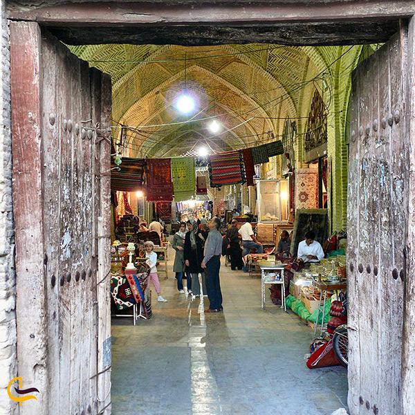 درب ورودی بازار وکیل شیراز