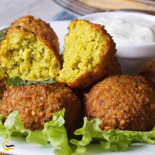 نمایی از فلافل غذای محلی خرمشهر