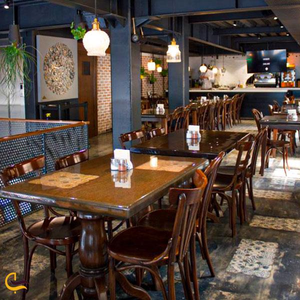 نمایی از رستوران هیوا تجریش