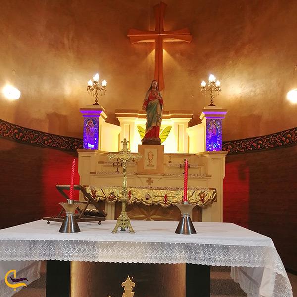 نمای داخل کلیسای نادری اهواز