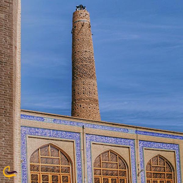 تصویری از مسجد جامع دامغان