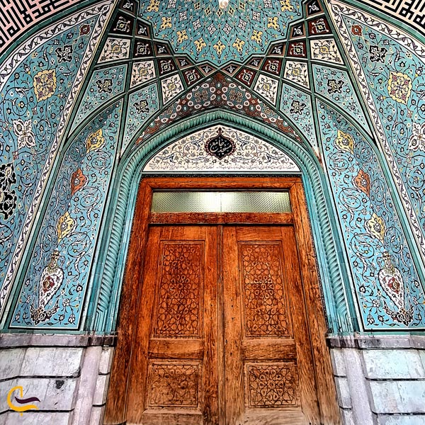 نمایی از در ورودی مسجد جامع خرمشهر