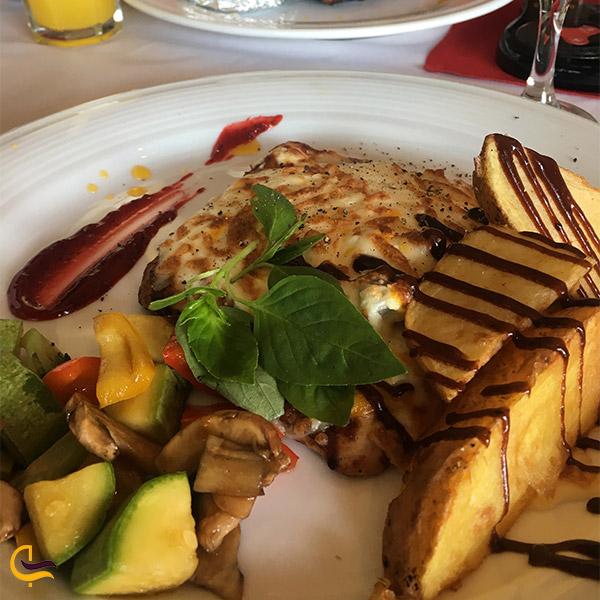 نمایی از غذای رستوران نارنجستان