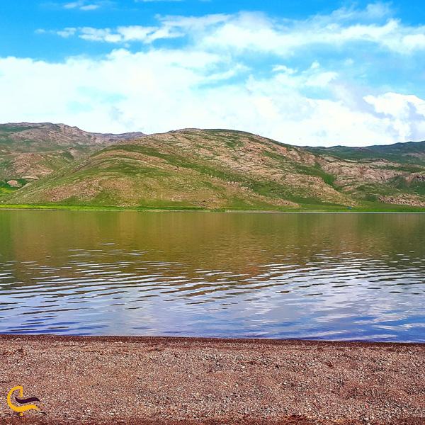نمایی از دریاچه نئور اردبیل
