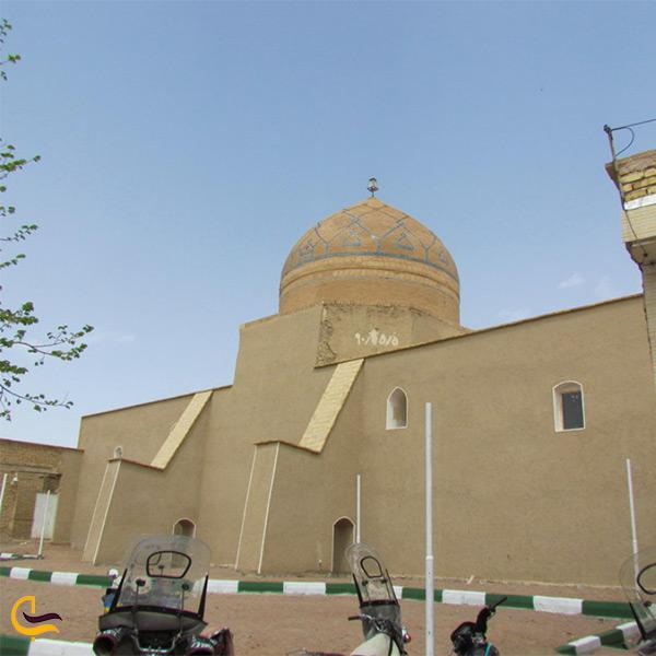 نمای کلی مسجد جامع تاریخی ورزنه