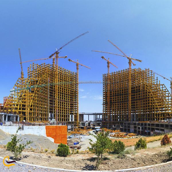 نمایی از هتل پدیده شاندیز در حال ساخت