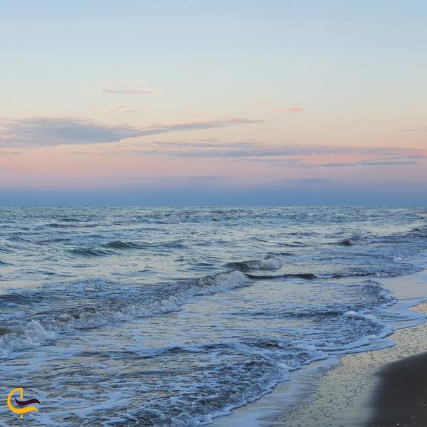 تصویری از دریای زیبا میانکاله