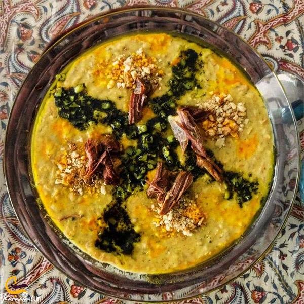نمایی از غذاهای محلی رفسنجان با پسته