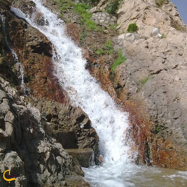 تصویری از چشمه شهر شهمیرزاد سمنان