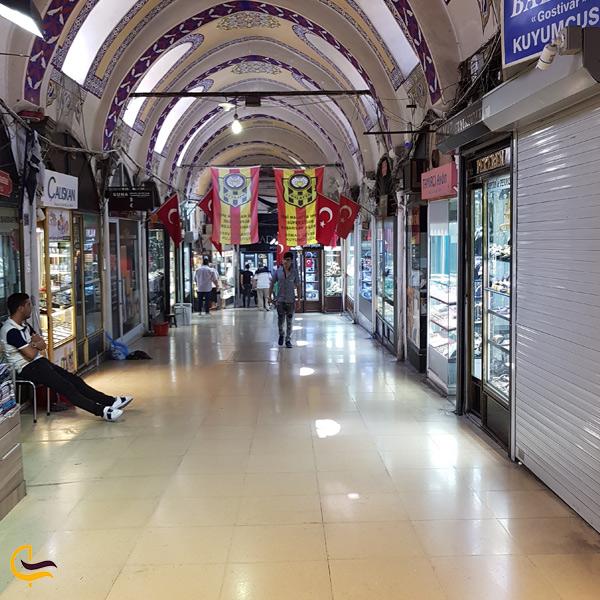 نمایی از سکوت بازار بزرگ استانبول