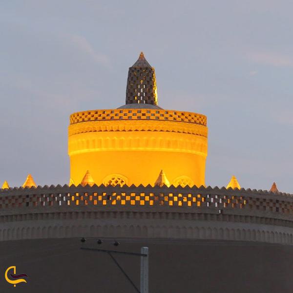 برج کبوتر خانه شهر ورزنه
