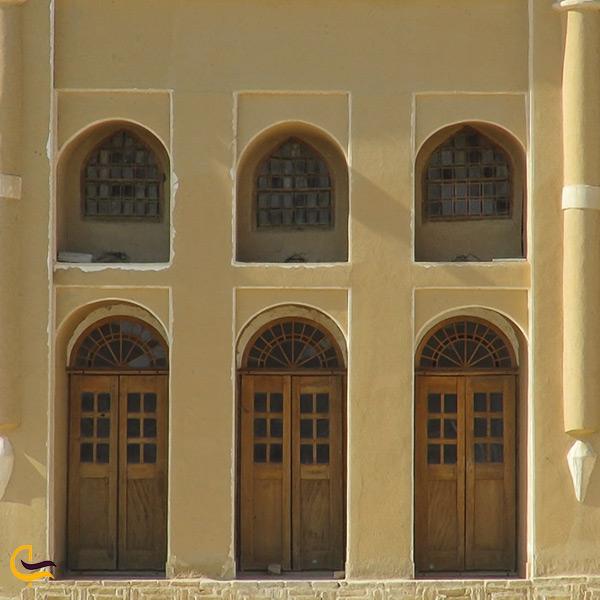 نمای خانه باستانی یوسفی ورزنه
