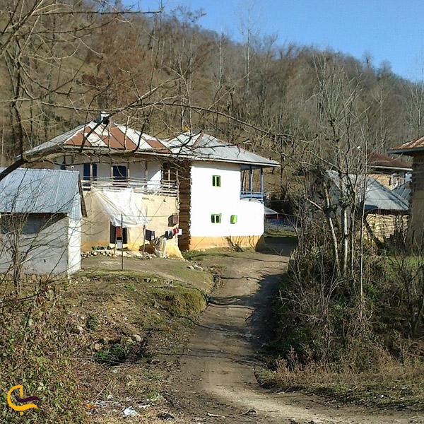 تصویری از خانه های روستای گسکره فومن