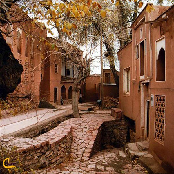 بازدید از روستای زیبا ابیانه نطنز در اصفهان