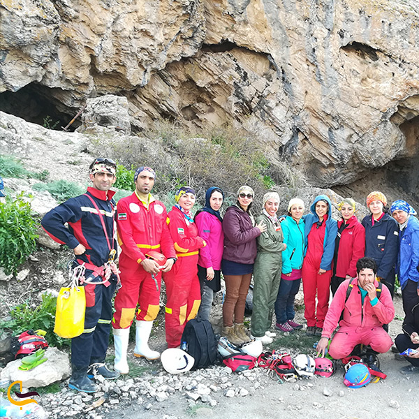 بازدید از غار بورنیک فیروزکوه