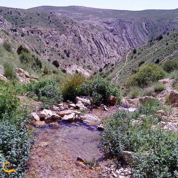 نمایی از رودخانه آبشار جم اسفراین