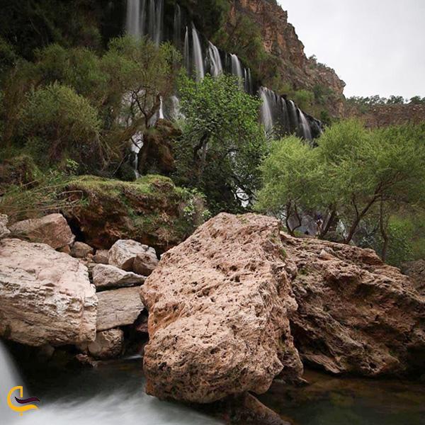 تصویری از سخره و آبشار شوی دزفول
