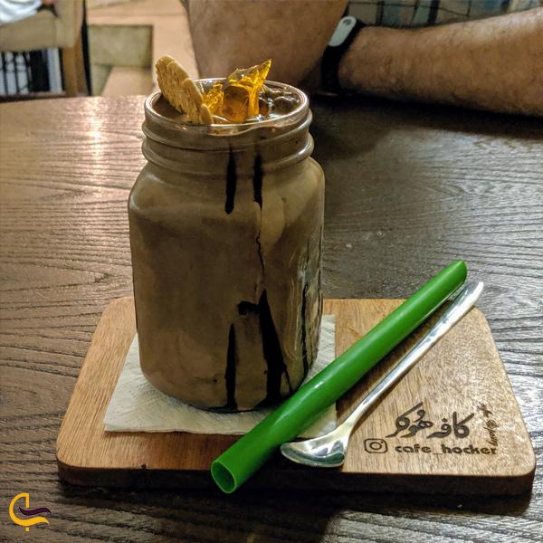 نمایی از دسر کافه هوکر تهران