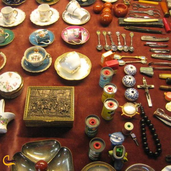 تصو.یری از کلکسیون عتیقه جات بازار بزرگ استانبول