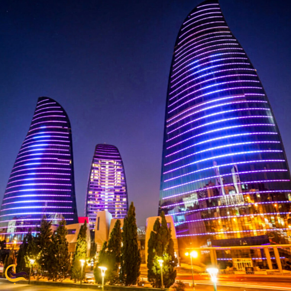 تصویری از برج های شعله باکو