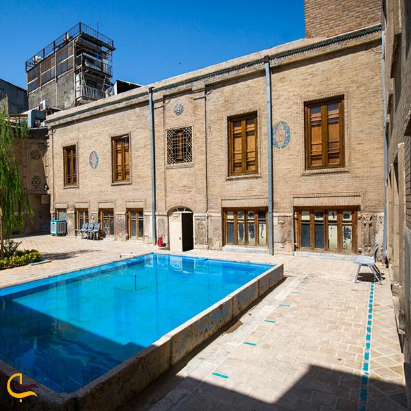 نمایی از خانه ملک تهران