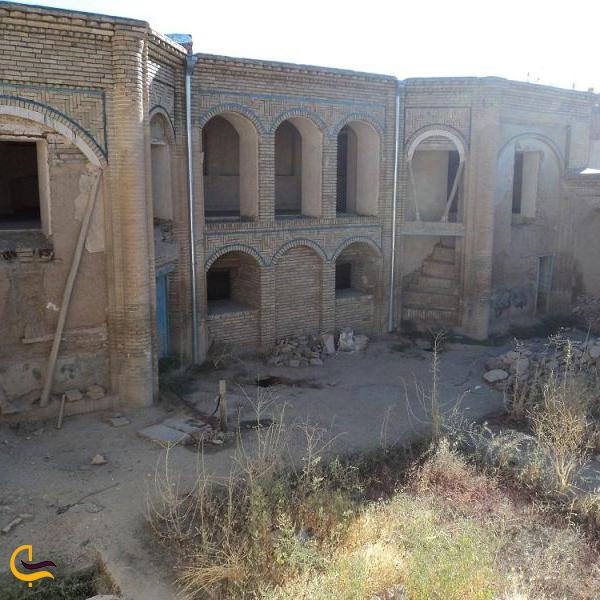 تصویری از محیط خانه تاریخی مصری بروجرد