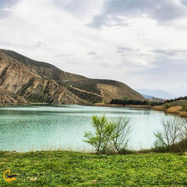 نمایی از منظره زیبا دریاچه ساهون آمل