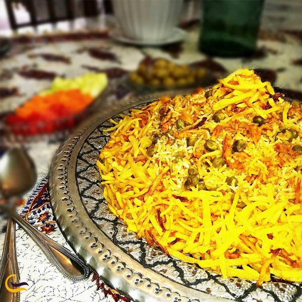 تصویری از غذای محلی باسدرما پبلو اردبیل