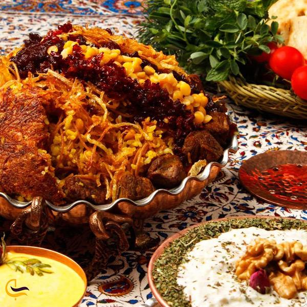 نمایی از مانی پلو غذای محلی دامغان